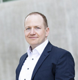 Julian Seume Chief Marketing Officer (CMO) & Head of Sales